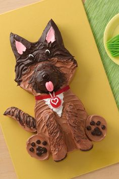 What a handsome pup! This adorable canine-shaped cake is simpler than it looks, thanks to a printable template. Make sure to work with a frozen cake to make frosting easier.