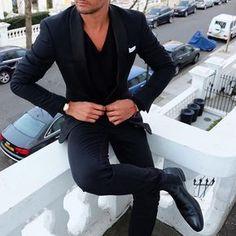 See this Instagram photo by Christopher Garcia • 5,704 likes ...repinned vom GentlemanClub viele tolle Pins rund um das Thema Menswear- schauen Sie auch mal im Blog vorbei www.thegentemanclub.de