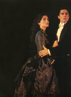 Operafantomet: phantoming, Some favourite Raoul/Christine second act photos:...