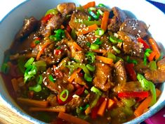 Thai Basil Beef, Spicy Thai Noodles, Asian, Wok, Food Inspiration, Cooking Tips, Chicken Recipes, Good Food, Food And Drink