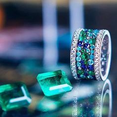 @_darvol_ mysterious and enchanting Paraiba and Emeralds complimented with…