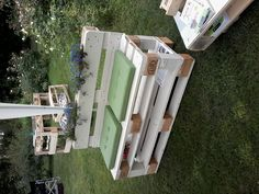 Pallets outdoor bench