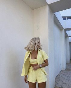 Casual Outfits, Cute Outfits, Fashion Outfits, Laura Jade Stone, Spring Outfits, Favorite Color, Style Me, Fashion Looks, Vogue