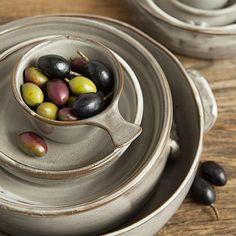 Robert Gordon Saltbush Serving Bowls & Robert Gordon - Saltbush Dinner Plate | Peter\u0027s of Kensington | Home ...