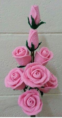 Gorgeous crochet roses