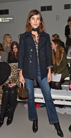 Alexa Chung and Pixie Geldof sit front row at Ashley Williams LFW show Chic: Presenter Alexa opted for bootcut jeans and a navy coat as she attended her first show of the day Mode Outfits, Chic Outfits, Fall Outfits, Fashion Outfits, Womens Fashion, Daily Alexa Chung, Alexa Chung Style, Pixie Geldof, Look Casual Otoño