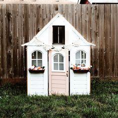 Kids playhouse|playhouse diy|playhouse makeover|white playhouse