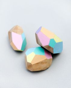 lily-cats: (via Poppytalk: Weekend Project: Easy DIY Geometric … | virtual cla…)