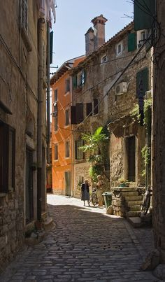 ...in the streets of Rovinj, Istria, Croatia | by Axel Wesche