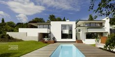 Vista House by Alexander Brenner Architects | http://www.designrulz.com/design/2014/01/vista-house-by-alexander-brenner-architects/