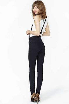 Court James Suspender Skinny Jeans from Nasty Gal.  Terrible shoes aside, these jeans look amazing.