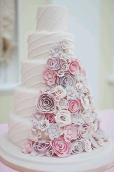 .Wedding Cake Ideas - beautiful pastel floral decoration.