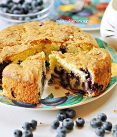 Puszyste Ciasto z Borówkami Polish Recipes, Polish Food, Delicious Desserts, Cake Recipes, Muffin, Food And Drink, Cooking Recipes, Sweets, Cookies