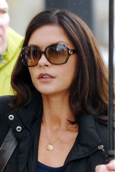 my next hair cut and color - dark brown and just at the shoulders... Layers (Catherine Zeta Jones in The Rebound)