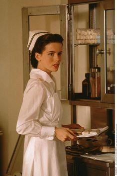Nurse Lt. Evelyn Johnson - Kate Beckinsale - Pearl Harbor 2001