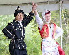 Loudoun Earth Day Family Festival Educates Goers Toward a Greener World  
