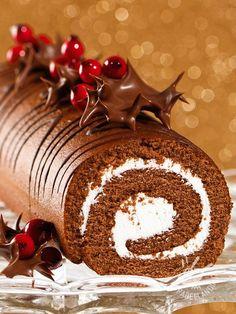 Il Rotolo dolce di cioccolato e cocco: una saporita pasta al cioccolato farcita con prelibata crema di ricotta e cocco: una vera bontà!