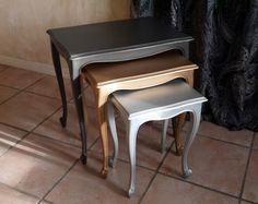 Tables gigognes rectangulaires en bois peint