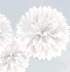 White Sweet 16 hanging poufs - Sweet 16 Decorations #Sweet16 #WhitePoufs #WhiteParty