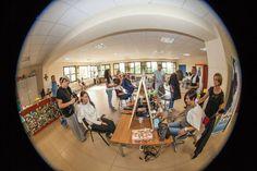 """Il 21 settembre 2014: 7° edizione di UNA TESTA PER LA PARROCCHIA a Pontenuovo di Sassuolo, un'iniziativa di beneficenza in collaborazione con INDOLA per dare il contributo alla costruzione dell'oratorio e alla Pediatria dell'Ospedale di Kimbondo (Congo).  Tanti i parrucchieri che hanno aderito all'iniziativa """"Taglio e messa in piega"""". Ecco qualche scatto. Complimenti a tutti!"""