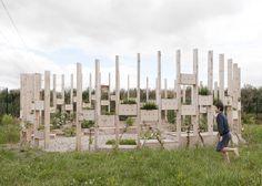 AP+E's Hedge School outdoor classroom brings back teaching methods Dezeen Architecture, School Architecture, Amazing Architecture, Landscape Architecture, Architecture Ireland, Outdoor School, Outdoor Classroom, Urban Landscape, Landscape Design