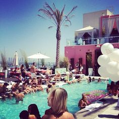 Pool party at Drai's Hollywood.