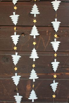 Christmas Decoration Tree Garland Book Page Garland Tree Christmas Tree Decorations To Make, Christmas Tree Garland, Real Christmas Tree, Christmas Paper, White Christmas, Vintage Christmas, Merry Christmas, Christmas Crafts, Holiday Decor
