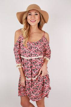 In desperate need of a dress for spring? Well this one is perfect!!