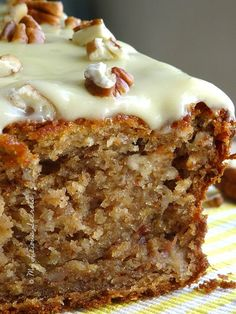 Banana bread – www.myliciousecre… Banana bread – www. Banana Bread Recipes, Cake Recipes, Dessert Recipes, Delicious Desserts, Yummy Food, Biscuit Cake, Bread Cake, Sweet Bread, Love Food