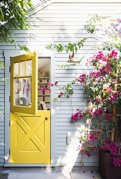 Taylor: A Colorful Los Angeles Home Renovation An adorable yellow Dutch door to brighten our snowy day here in Utah!An adorable yellow Dutch door to brighten our snowy day here in Utah! Yellow Doors, The Doors, Half Doors, Entry Doors, Boho Home, Los Angeles Homes, House Colors, Great Rooms, My Dream Home
