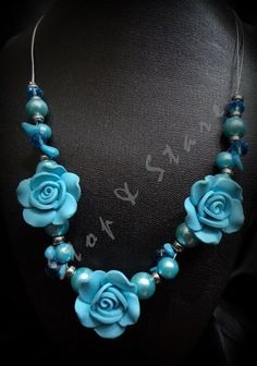 sky blue roses necklace set