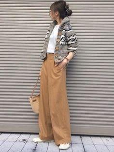 39 Trendy Moda Fashion Woman Trousers in 2019 Long Skirt Fashion, Fashion Pants, Look Fashion, Winter Fashion, Fashion Outfits, Womens Fashion, Fashion Trends, Ladies Fashion, 2000s Fashion