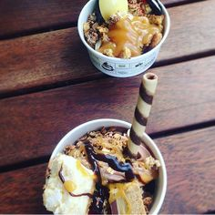 Thanks @kimberleyyoungs for sharing your pic and some yogurt time with a friend. Love the way u swirl. #friends #froyo #frozenyogurt #chapelst #chapelstprecinct #melbournefoodie #foodporn #melbournefood #skinnydippa