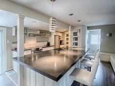 Les îlots, vous aimez ? Kitchen, Table, Design, Furniture, Home Decor, Cooking, Decoration Home, Room Decor, Cucina