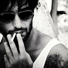 #putinarelaxare #thailand  #raduvalcan #khanom Romania, Beautiful People, Mens Sunglasses, Smokers, Guys, Thailand, Travel, Fashion, Moda