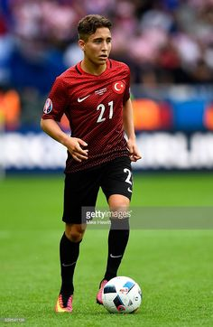 Emre Mor Photos - Emre Mor of Turkey in action during the UEFA EURO 2016 Group D match between Turkey and Croatia at Parc des Princes on June 2016 in Paris, France. - Turkey v Croatia - Group D: UEFA Euro 2016 Major League Soccer, Football Players, Fifa, Uefa Euro 2016, Football Is Life, European Championships, Liverpool Football Club, Croatia, Sports