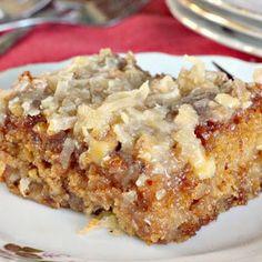 TEXAS TORNADO CAKE @keyingredient #cake #recipes #seafood