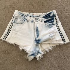 High waisted denim shorts. Vintage style denim shorts. Great fit! Pistola Shorts Jean Shorts