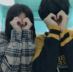 Find images and videos about girl, boy and couple on We Heart It - the app to get lost in what you love. Mode Ulzzang, Korean Ulzzang, Ulzzang Girl, Couple Goals, Cute Couples Goals, Gay Couple, Couple Posing, Cute Korean, Korean Girl