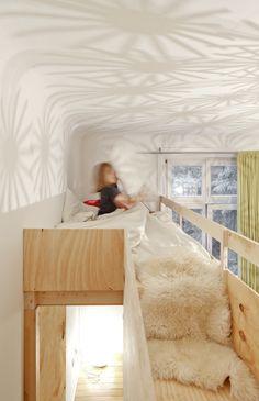 videbed/inbouwhoogslaper. Ook zo'n bed kan muramura.nl voor je maken!
