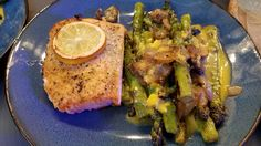 Trying to convince my fiancee that salmon is a good thing. Fresh off the grill with asparagus mushroom and onion covered in Hollandaise sauce. [Homemade] (but I didn't raise the fish or farm the veggie' s or house any hens) [OC] [1920 x 2268]