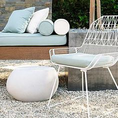 Modern Outdoor Furniture - How to Design a Zen Garden - Sunset Mobile Landscaping With Rocks, Modern Landscaping, Pool Landscaping, Outdoor Seating, Outdoor Spaces, Outdoor Chairs, Outdoor Decor, Outdoor Ideas, Modern Outdoor Furniture
