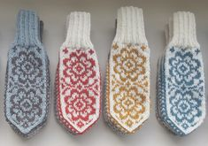 Crochet Mittens, Mittens Pattern, Knitted Slippers, Knitted Gloves, Knit Crochet, Fair Isle Knitting, Knitting Socks, Crochet Flower Patterns, Knitting Patterns