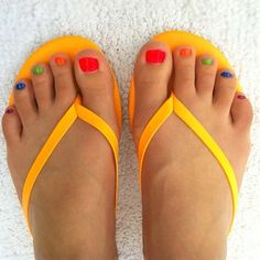 On #trend in #summer #neon #nails and #tkees.