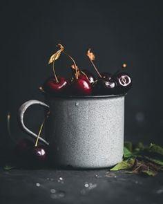 Koláč bez múky a cukru - Fit recept - Lenivá Kuchárka Moscow Mule Mugs, Pesto, Cheesecake, Tableware, Fit, Mascarpone, Dinnerware, Shape, Cheesecakes