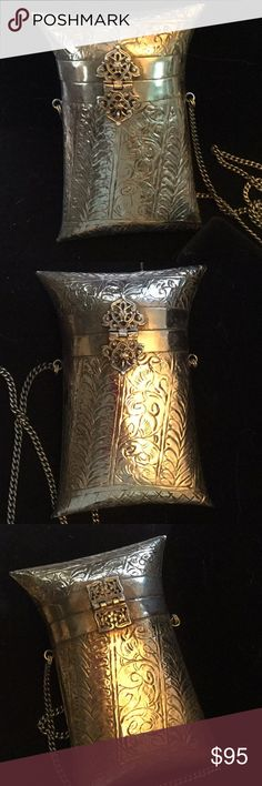 Breathtaking Vintage Metal Bag Wow !  You hardly ever see these anymore, in this excellent condition.  Artistic hand made silver bag.  This appears to look like jewelry it's so artistic. Beautiful engraved silver and lined in a type of black velvet.  Looks like never used. A real treasure ! Vintage Bags