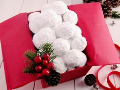 Snowball Christmas Cookies {best ever}