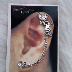 Fairy stone in silver single earcuff Price-250rs Whatsapp@9920898243 to place ur order Vidhi#jewellery#fashion#trendy#style#classy#mumbai#chandigarh#chennai#kolkata#hyderabad#bangalore#ahmedabad#delhi#glamour#vogue#intrend#fashionaccessories#online#shopping by vidhijewels