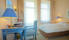 Einzelzimmer Komfort Bad Godesberg, Villa, Das Hotel, Komfort, Furniture, Home Decor, Bonn, Birthing Center, Single Divan Beds