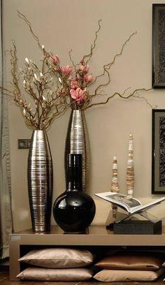 The Netherlands / Ridderkerk / Show Room / Living Room / Status Living / Eric Kuster / Metropolitan Luxury
